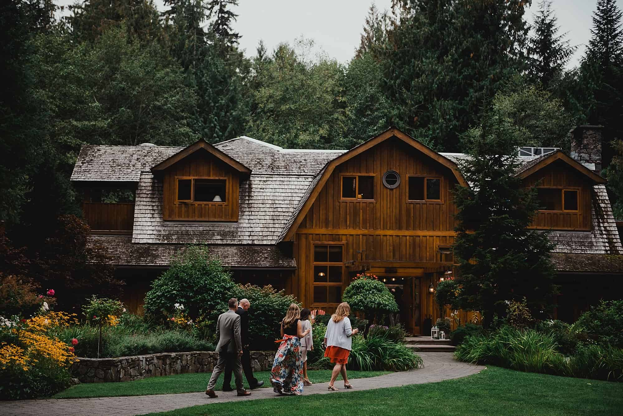 guests walking into brew creek centre wedding