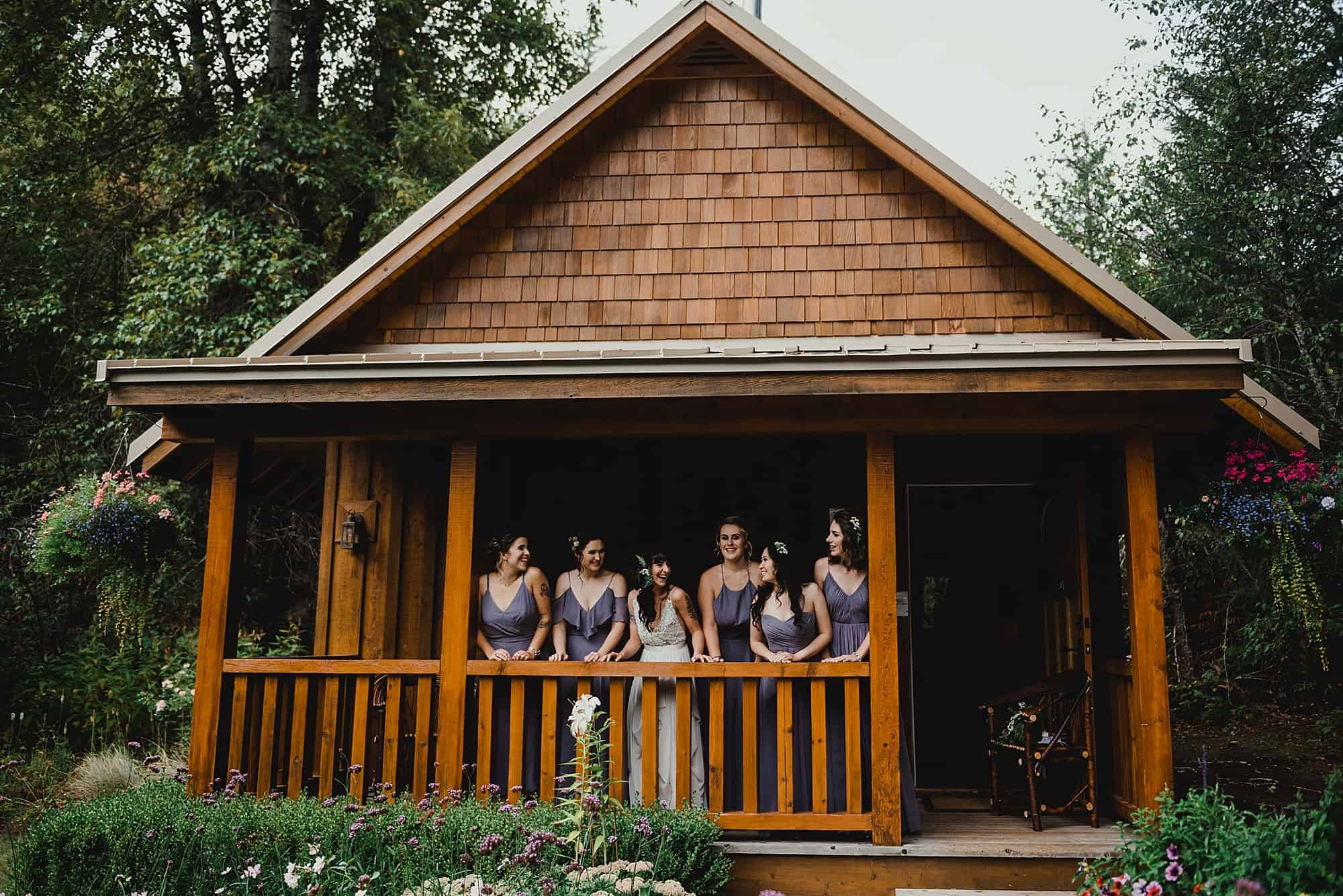bridal party at cabin of brew creek centre wedding