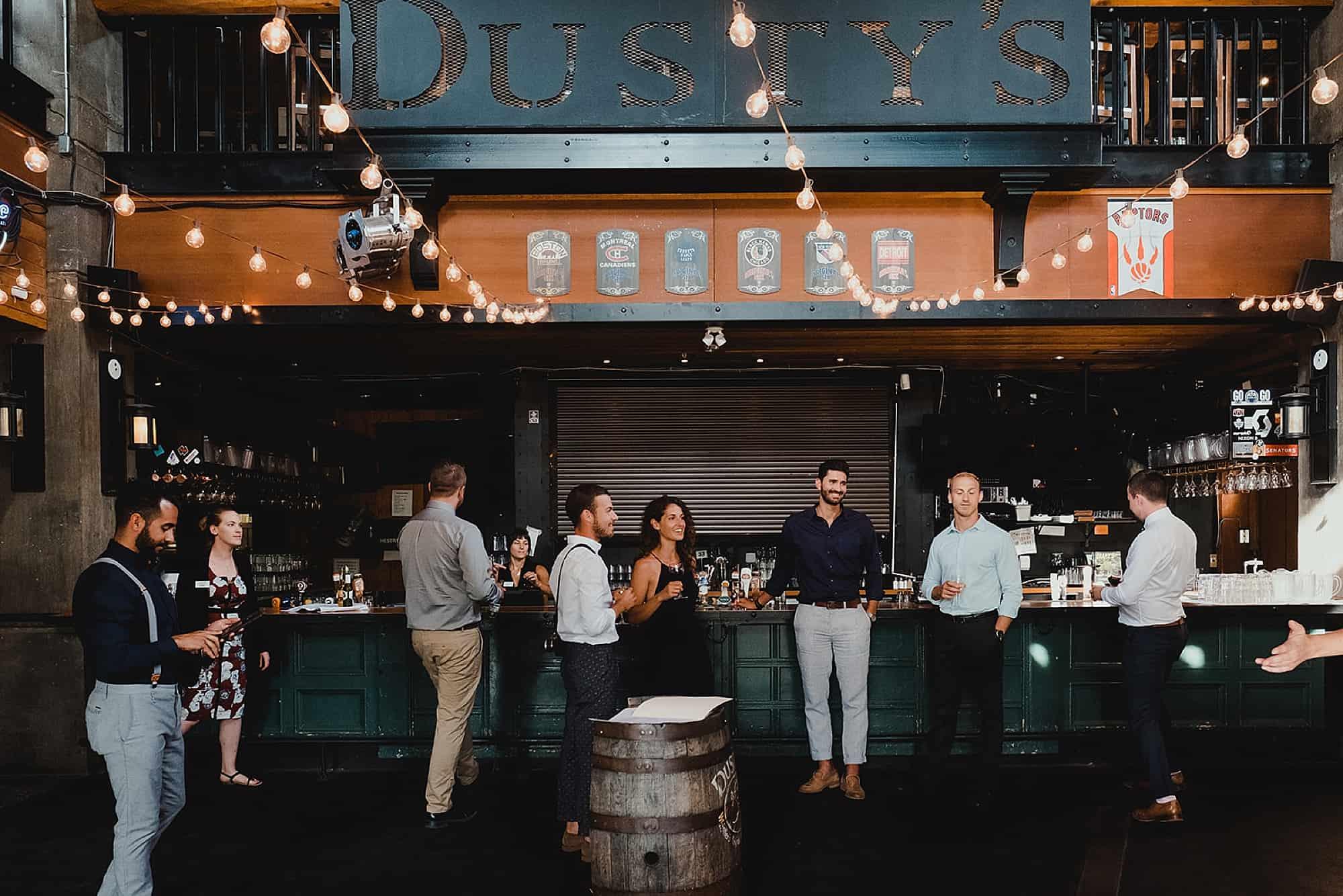 dustys bar